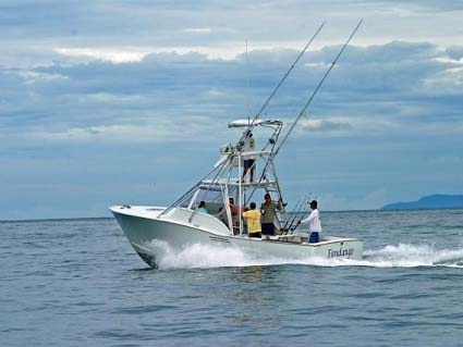 Express Fishing Charter Costa RIca  30'